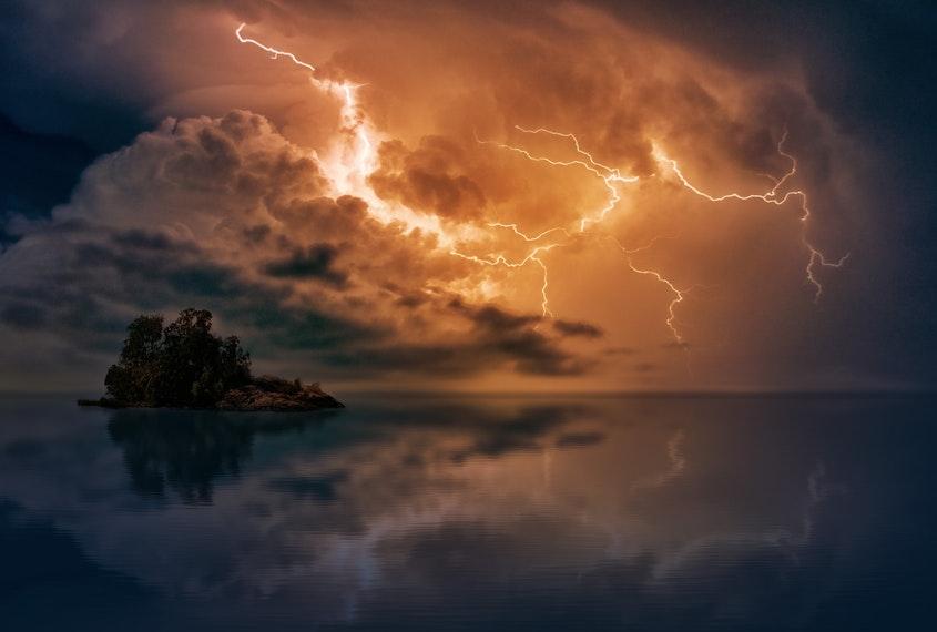 En medio de la tormenta